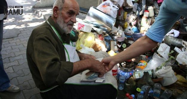 84 Yaşındaki Adam Parasının Çalındığını 3 Gün Sonra Öğrendi