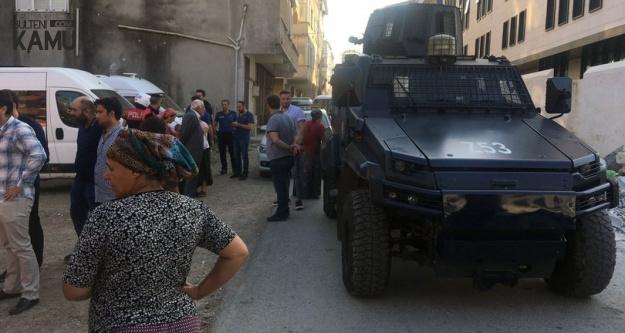 Ataşehir'de Cezaevi Firarisini Yakalamak İsteyen Polislere Saldırı