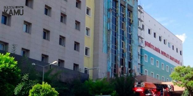 Gaziantep'te Hastane Önündeki Demir İskele Çöktü : 4 Yaralı