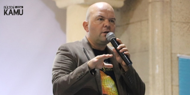 Tarihçi Talha Uğurluel FETÖ'den Tutuklandı