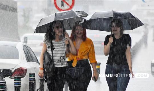 İzmir'den Son Dakika Haberleri: Şiddetli Yağmur Sonrası Hortum Oldu