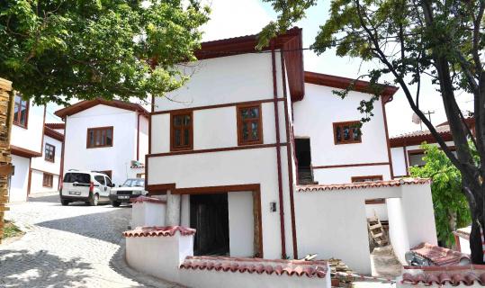 Ankara Kalesi'nde iyileştirme çalışmaları sürüyor