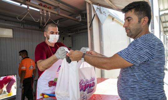 Büyükşehir Belediyesi mezbahanelerinde ilk gün 4 bin 279 kurban kesildi