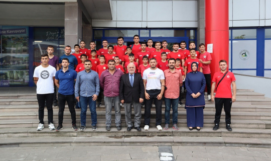 Düzceli 33 güreşçi Kırkpınar'da boy gösterecek