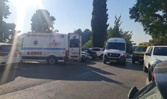 İsrail'de bir yüzme havuzunda klor gazı sızıntısından 40 kişi zehirlendi