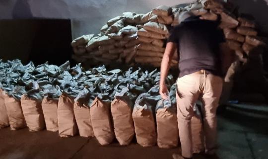 Paraguay'da şeker çuvallarının içine gizlenmiş 3 bin 416 kilo kokain ele geçirildi
