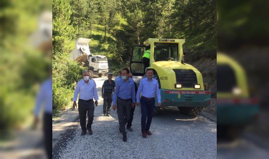 Sinop İl Özel idaresi 100 kilometrelik yolu asfaltla buluşturdu