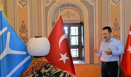 Vali Şentürk'ten Ertuğrul Gazi Türbesi'ne veda ziyareti
