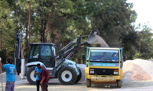 Alanya'da 70 kilometreyi bulan asfalt çalışması kısa sürede tamamlanacak