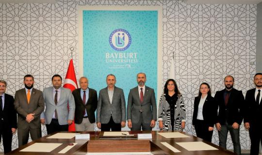 Bayburt Üniversitesi ile Fırat Üniversitesi arasında iş birliği protokolü imzalandı