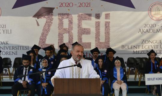 BEÜ'de mezuniyetler devam ediyor