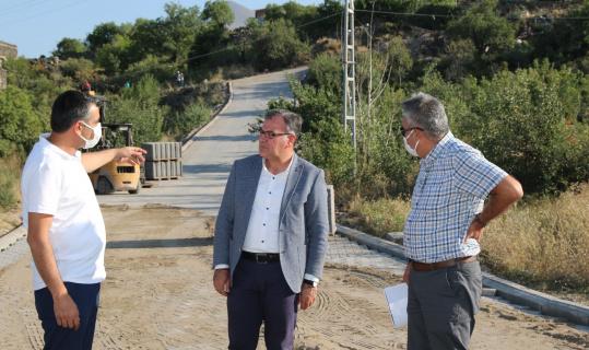 Hacılar Belediyesi'nden Erciyes Mahallesi'nde 15 bin metrekare kilitli parke çalışması