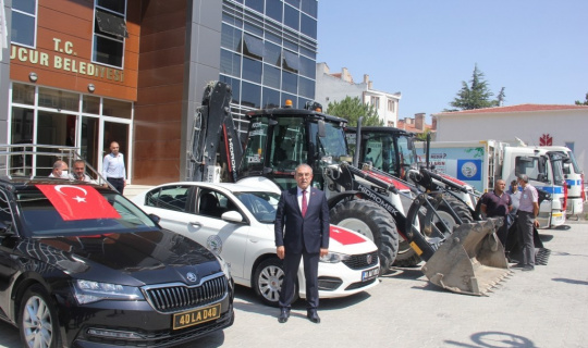 Mucur Belediyesi araç parkını güçlendirdi