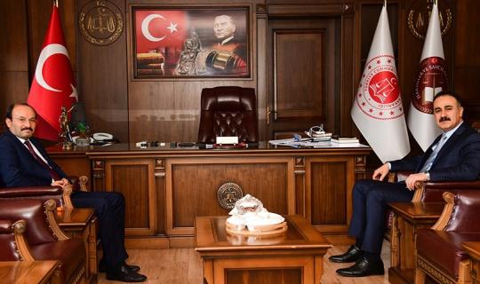 Rektör Çakmak'tan Cumhuriyet Başsavcısı Tuncel'e hayırlı olsun ziyareti
