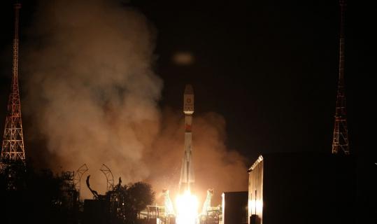 Rusya, OneWeb'e ait 34 uyduyu daha uzaya fırlattı