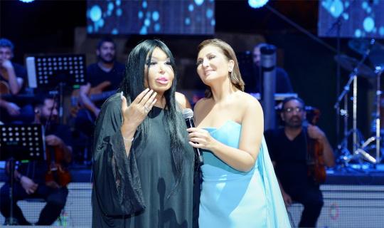 Sibel Can'a Bülent Ersoy'dan büyük sürpriz