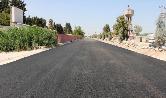 Suriye sınırına giden yol asfaltlanıyor