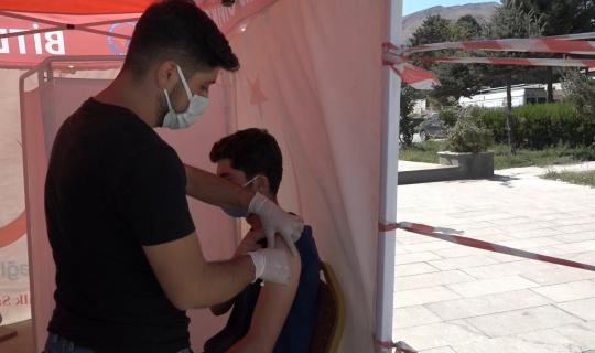 Tatvan'da aşı çalışmaları devam ediyor