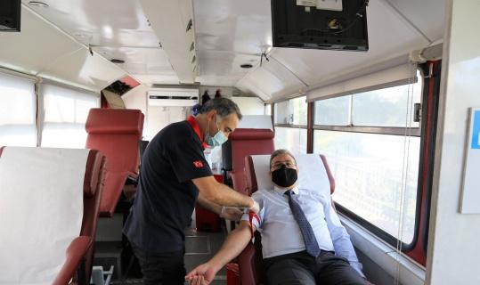 TCDD 7. Bölge Müdürlüğü'nden kan bağışına destek