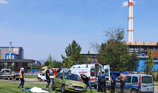 Uzman Çavuş eşini almaya giderken kazada hayatını kaybetti