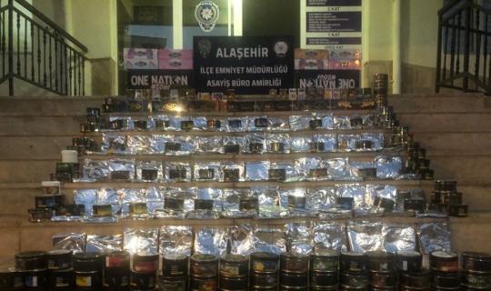 Alaşehir'de 80 kilo kaçak nargile tütünü ele geçirildi
