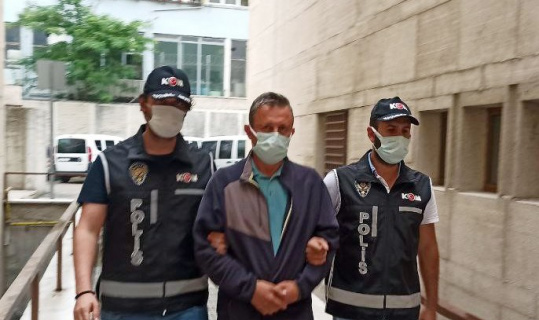 Bursa'da hastasından ameliyat parası istediği öne sürülen doktor tutuklanarak cezaevine gönderildi