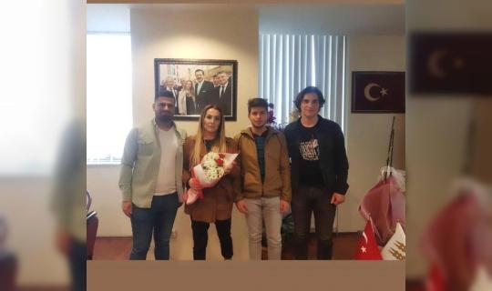 Edirne'de üniversite öğrencilerinden TOBB Edirne Bölge Temsilcisi ve KGK Başkanı Aslan'a ziyaret