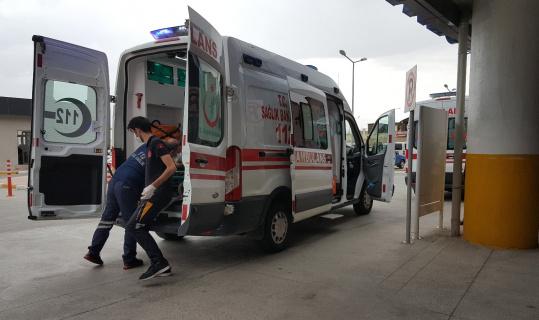 Erzincan'da otomobil ile minibüs çarpıştı: 9 yaralı