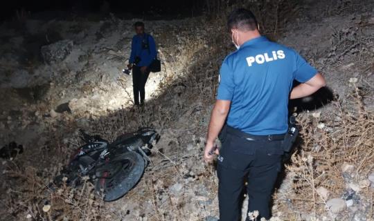 Motosiklet dağ yamacından yuvarlandı: 1 yaralı