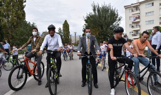 Nallıhan'da pedallar 'Avrupa Hareketlilik Haftası' için çevrildi