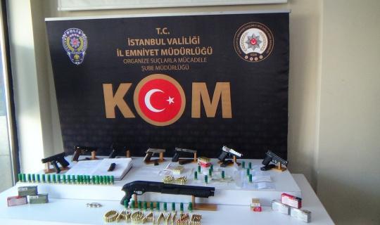 Site sakinlerine çöken çeteye operasyon: 23 gözaltı