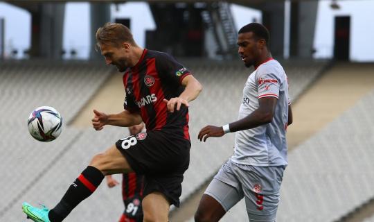 Süper Lig: Fatih Karagümrük: 0 - Antalyaspor: 0 (Maç sonucu)