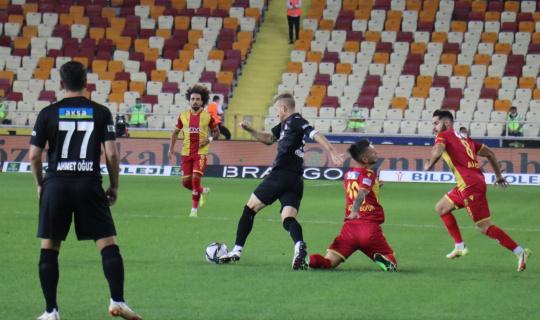 Süper Lig: Yeni Malatyaspor: 0 - DG Sivasspor: 0 (ilk yarı)