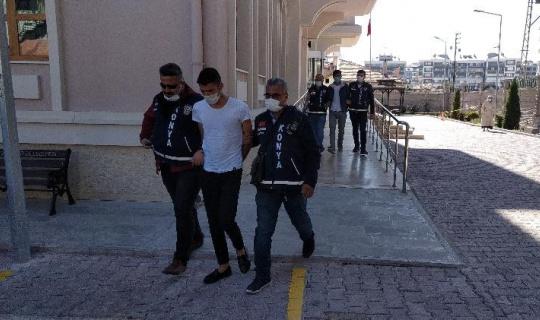 Adliyede avukatı yaralayan şüpheliler tutuklandı