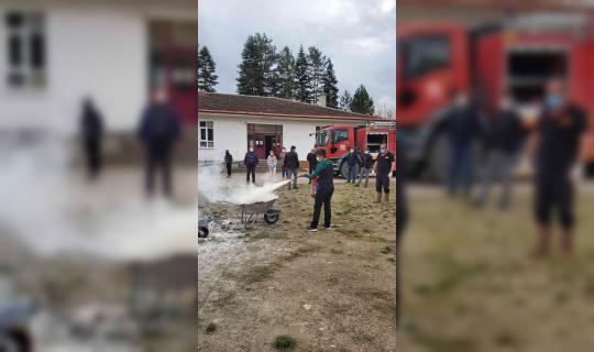 Daday'da öğrencilere yangın söndürme teknikleri anlatıldı