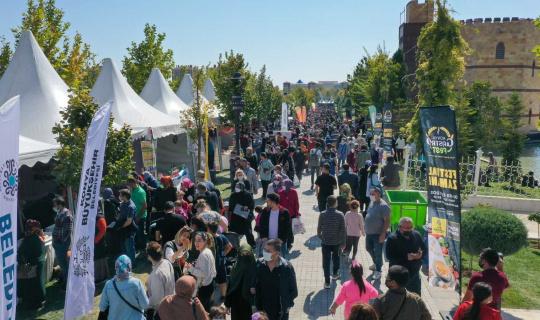 Konya GastroFest on binlerce lezzet tutkununu ağırladı