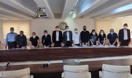 Manisa Eğitim Bir-Sen'den toplu imza töreni