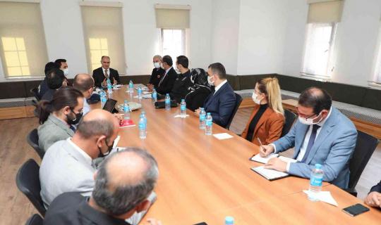 Vali Özkan Akören'de kamu hizmetlerini inceledi