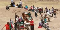 İdlip'ten Gelen Suriyeliler Afrin'e Gönderiliyor
