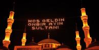 KPSS Sorusu: Ramazan'da Minarelerin Arasına Yazılan Işıklı Yazı ve Resimlere Ne Ad Verilir?