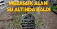 Mersin'de Sağanak Yağış Sürüyor, Mezarlığı Su Bastı