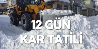 O İlçede Öğrenciler 12 Gündür Kar Tatili Yapıyor