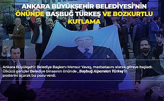 Ankara Büyükşehir Belediyesi Önünde Bozkurtlu , Başbuğ Türkeş'li Kutlama