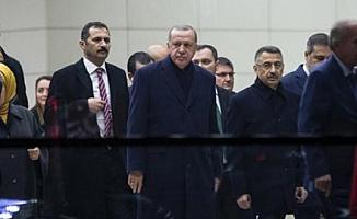 Erdoğan'ı Rusya Dönüşü Mansur Yavaş Karşıladı