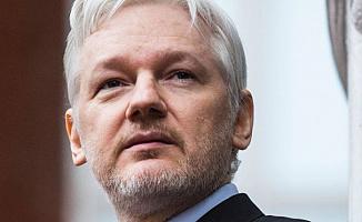 Wikileaks'ın Kurucusu Julian Assange Gözaltına Alındı
