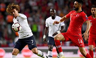 Türkiye: 2 Fransa: 0 Maç Özeti