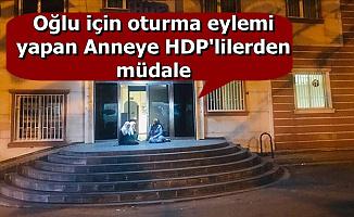 Oğlu İçin Oturma Eylemi Yapan Hacire Akar'a HDP'liler Müdahale Etti