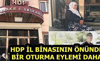 'Oğlumuzu Getirin' 4 Aile Daha HDP Binası Önünde Eyleme Başladı