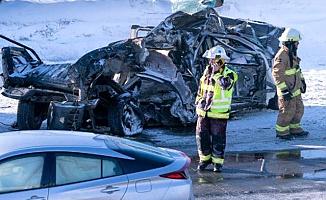 200 Araç Karıştı! Zincirleme Trafik Kazasında 2 Ölü, 70 Yaralı Var