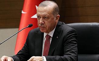 Cumhurbaşkanı Erdoğan , Askerlik ve Sokağa Çıkma Yasağı Hakkında Açıklama Yapacak (Saat Kaçta?)
